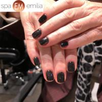 Nails (70)