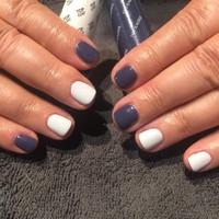 Nails (220)