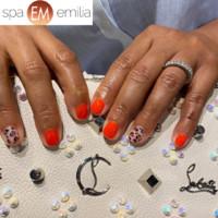 Nails (30)