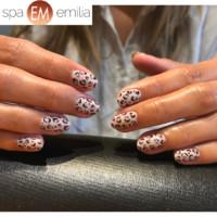 Nails (101)