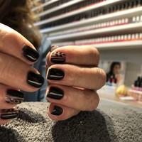 Nails (188)
